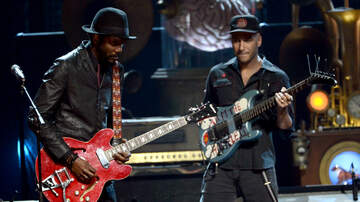 Trending - Tom Morello Enlists Gary Clark Jr. On New Song Can't Stop The Bleeding