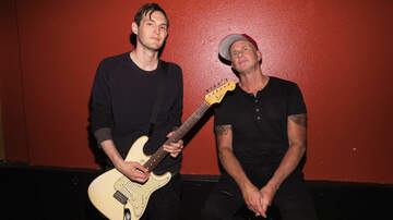 Trending - Red Hot Chili Peppers' Josh Klinghoffer and Chad Smith Play RSD Gig: Watch