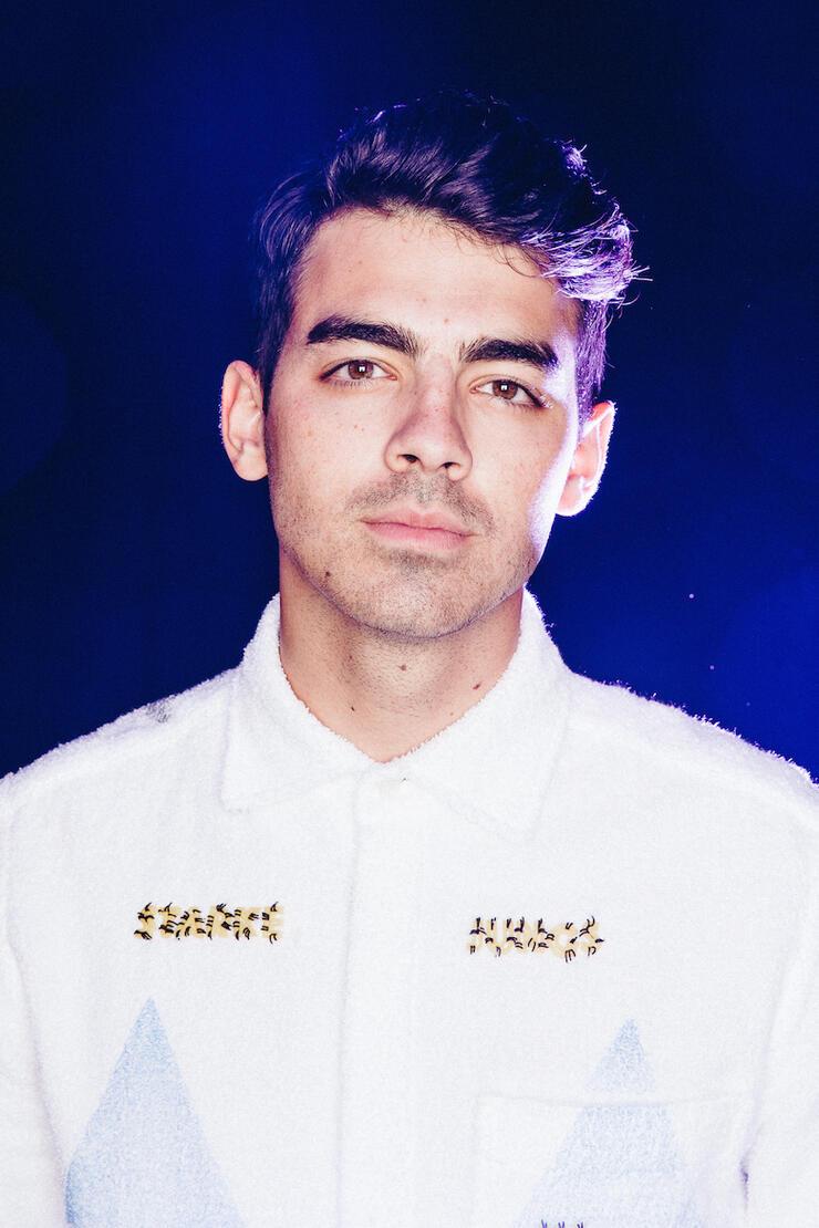 Joe Jonas, DNCE 2015