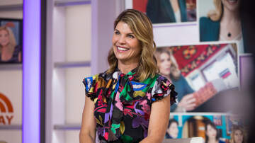 Entertainment News - Lori Loughlin Reportedly Doesn't Believe She'll Actually Go To Prison