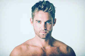 Denise Plante - It's A ..., Brett Young Reveals Gender Of Baby!