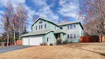 Mark and April - Beautiful Heritage Estates Home with lots of Bonuses and Mountain Views
