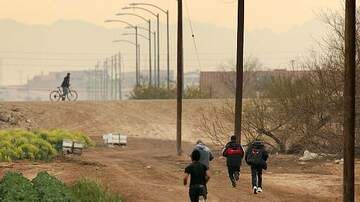 John and Ken - Yuma, Arizona Mayor Declares Emergency Due To Migrant Overflow