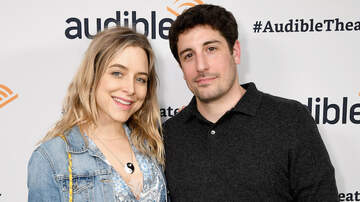 iHeartRadio Music News - Actress Jenny Mollen Reveals She Dropped 5-Year-Old, Fracturing His Skull