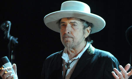 Rock News - Bob Dylan Calls Out Fan For Taking Photo After Near-Fall At Vienna Concert