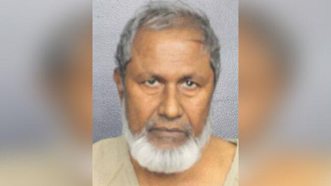 Mohammad Munshi, 67