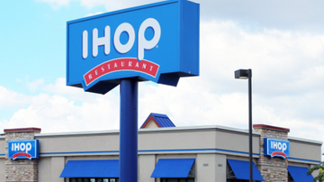 BC - Naked Toddler Wanders Near IHOP,  Passed Out Adults Arrested