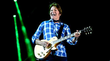 Ken Dashow - John Fogerty Disses Former CCR Bandmates For Dogging His Career
