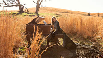 Music News - Sheryl Crow Releases Chilling 'Redemption Day' Duet With Johnny Cash