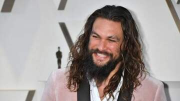 Julie - Jason Momoa Shaved His Beard And THIS JUST IN: He's Still Hot