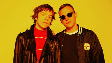 Trending - Cage the Elephant's Guest DJ Station: Iggy Pop, Kanye West & More