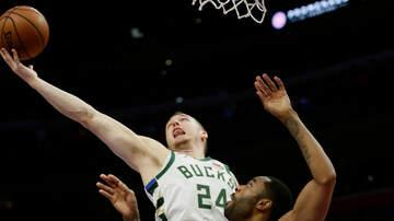 Bucks - Highlights: Bucks 119, Pistons 103 - Game 3