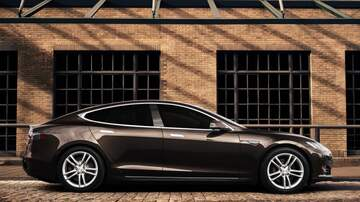 The Morning Breeze - Tesla Cars Will Be Completely Driverless By Next Year!