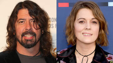 Rock News - Dave Grohl & Brandi Carlile Surprise Fans With A Street Performance