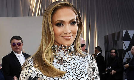 Entertainment News - Jennifer Lopez To Star In Graphic Novel-Based Rom-Com 'Marry Me'
