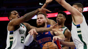 Bucks - Milwaukee Bucks win first NBA Playoff series since 2001