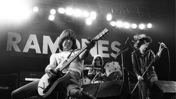 Rock News - 20 Facts To Celebrate The 43rd Anniversary Of The Ramones Debut Album