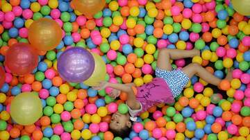 Walton And Johnson - If You Let Your Kid Play In A Ball Pit, You're a Horrible Parent