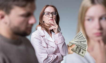 Weird News - Mother-In-Law Offers Woman $10,000 To Leave Her Son, And She Takes It