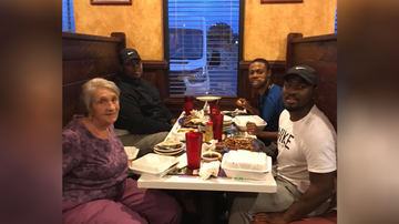 Uplifting - Three Men Share Heartwarming Meal With Elderly Widow Who Was Dining Alone