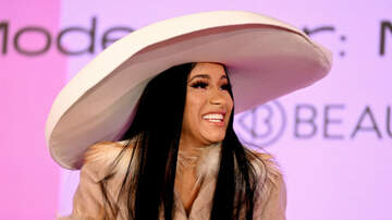 iHeartRadio Music News - Cardi B Shows Off Her Abs & Sings 'Gospel' Remix Of 'Clout' In Underwear