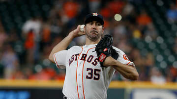None - Astros Top Twins Behind Verlander