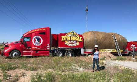 Leigh Ann and Jeremy - Stay In This 6 Ton Potato!