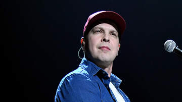 Wendy Wild - Gavin DeGraw Face Plants After National Anthem Performance