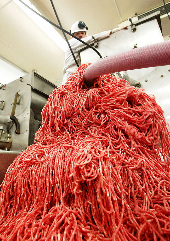 Over 165,000 pounds of ground beef recalled amid E. coli outbreak