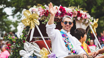 San Antonio Fiesta - Battle Of Flowers Parade Kicks Off Fiesta Today