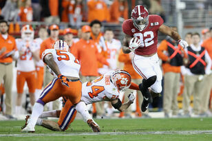 Vikings select Alabama TE Irv Smith Jr. with 50th Overall Pick