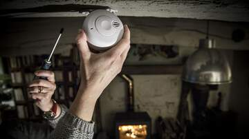 A'Real - American Red Cross Installing Free Smoke Alarms In Detroit!