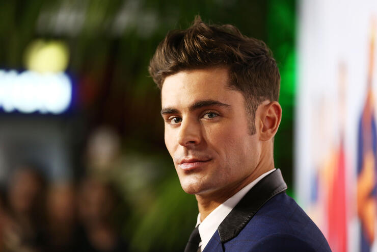 Zac Efron Just Showed Off His Insanely Ripped Body