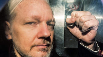 Politics - Wikileaks Founder Julian Assange Charged With Violating The Espionage Act
