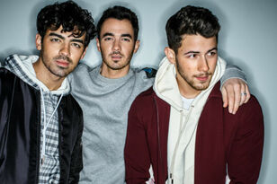 """Jonas Brothers Reveal 2019 """"Happiness Begins Tour"""" Dates"""
