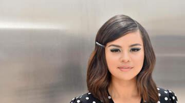 Tara -  Selena Gomez Gets Super Hot With Jimmy Fallon