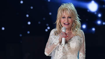 Savannah - Dolly Parton Honored by the FBI for Tennessee Wildfire Relief Efforts