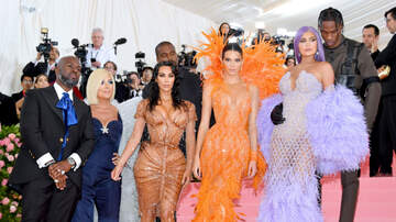 Headlines - The Kar-Jenners Owned The 2019 Met Gala — See Their Red Carpet Domination