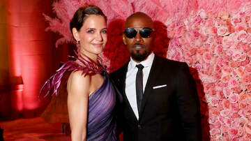 Headlines - Jamie Foxx & Katie Holmes Hit Met Gala For First Major Event As A Couple