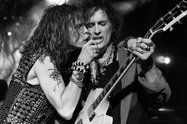 Aerosmith in Concert - Jones Beach - August 12, 2010