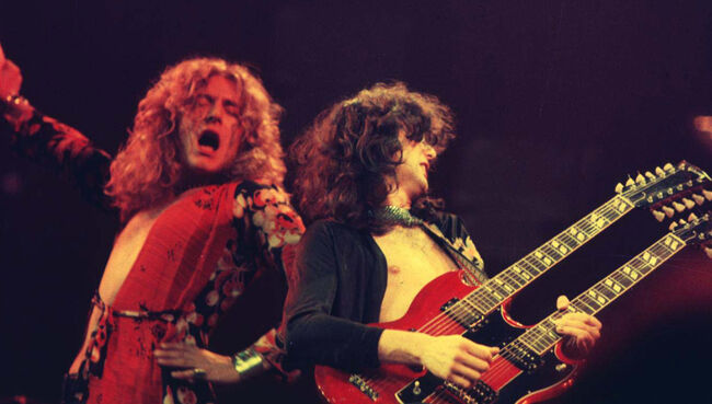 Led Zeppelin in Concert at Chicago Stadium - 1-20-1975
