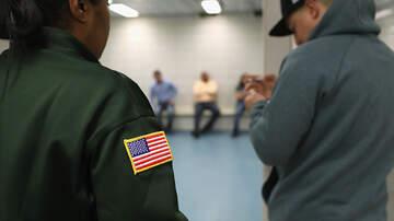 JR Montano - El Condado De Gwinnett Renovará Acuerdo Con Migración, Activistas Se Niegan