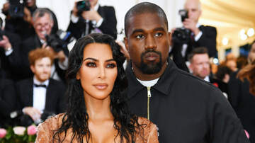 Headlines - Kim Kardashian & Kanye West Welcome Fourth Child Via Surrogate