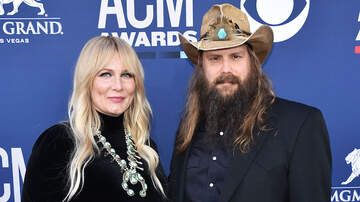 image for Chris Stapleton & Wife Morgane Welcome Fifth Child On Mother's Day