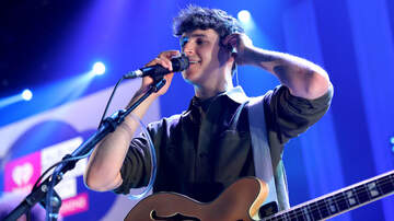 Trending - Vampire Weekend Score Third No. 1 Album With 'Father Of The Bride'