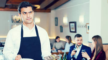 Trending - Waiter Gets Stiffed On Tip, Still Returns $424,000 Customer Left Behind