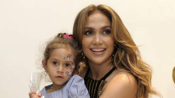 Entertainment News - Jennifer Lopez's Daughter Shows Off Her Incredible Voice, Sings Alicia Keys