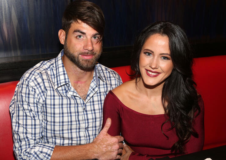 Jenelle Evans Visits Planet Hollywood