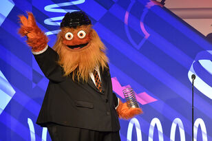 Gritty, Flyers Mascot, Gets Invited to Appear on SNL