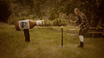 Rock News - Watch Alice In Chains' Absurd, Hilarious Music Video For Rainier Fog